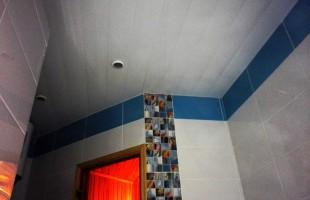 монтаж душевого поддона под стеклом в Балашихе(4)